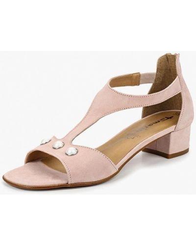 Розовые босоножки на каблуке Tamaris