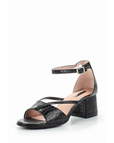 Черные босоножки на каблуке Lost Ink.