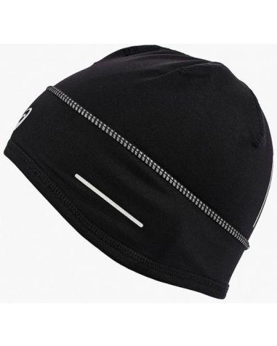Черная шапка осенняя Asics