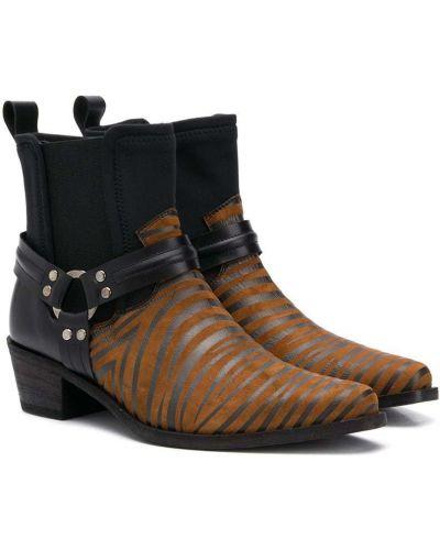 Кожаные коричневые ботинки на каблуке с декоративной отделкой Cinzia Araia Kids