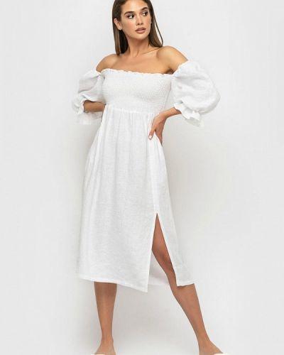 Белое платье с открытыми плечами Morandi