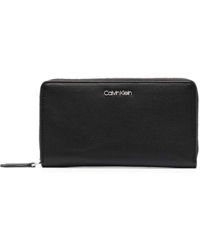 Черный кошелек Calvin Klein