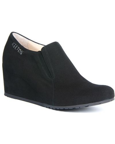 Черные туфли на каблуке Kelton