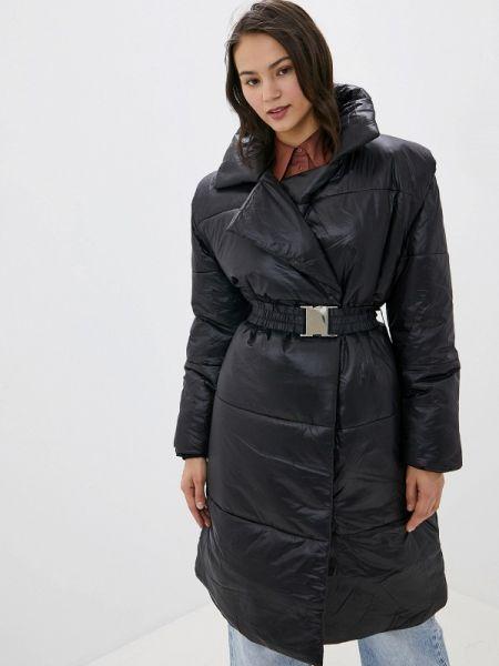 Утепленная куртка демисезонная черная Ivyrevel