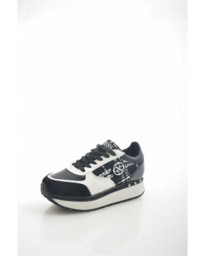 Черные кроссовки Guess