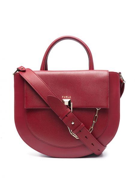 Золотистая кожаная красная сумка на цепочке Furla