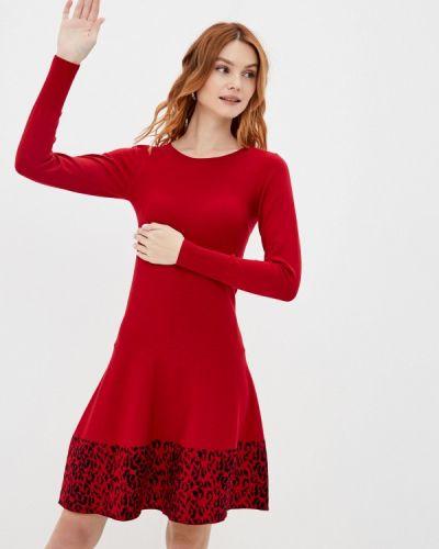 Красное вязаное платье Rinascimento