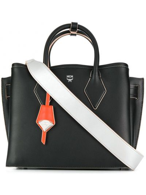 Кожаная сумка - черная Mcm