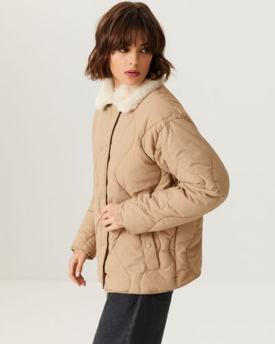Стеганая куртка - бежевая Sela