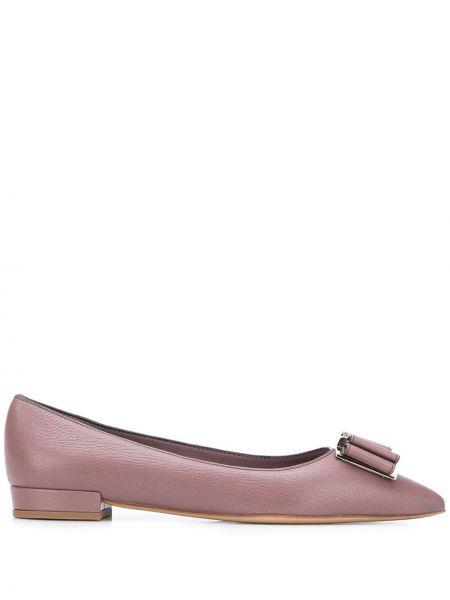 Фиолетовые кожаные балетки с острым носом Salvatore Ferragamo