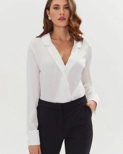 Белая блузка с длинными рукавами Moru