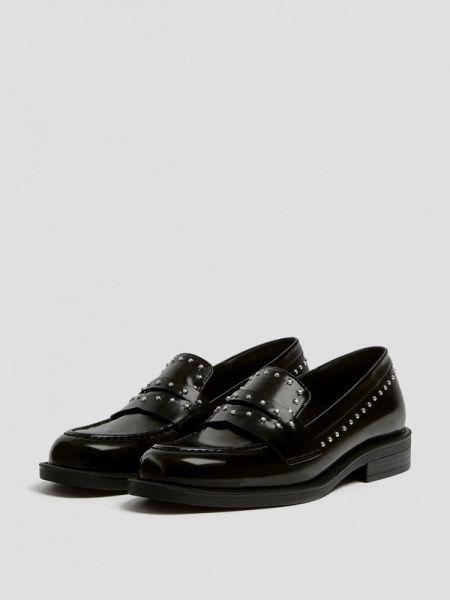 Туфли черные осенние Pull&bear
