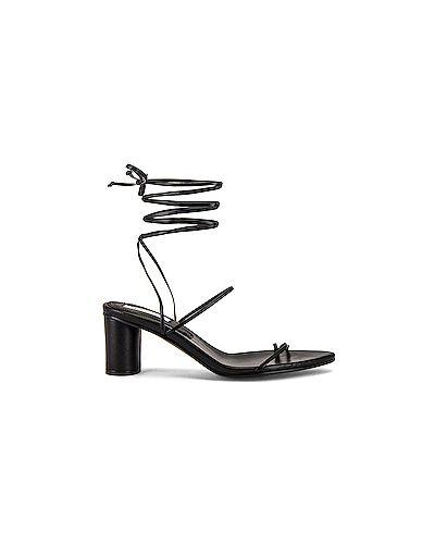 С ремешком кожаные черные сандалии Reike Nen