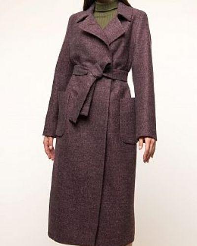 Фиолетовое шерстяное пальто каляев
