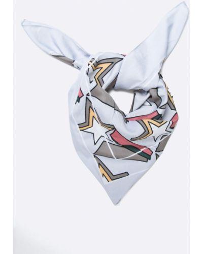 Серый шарф с узором Pieces