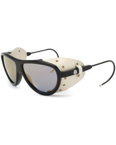 Солнцезащитные очки черные Moncler