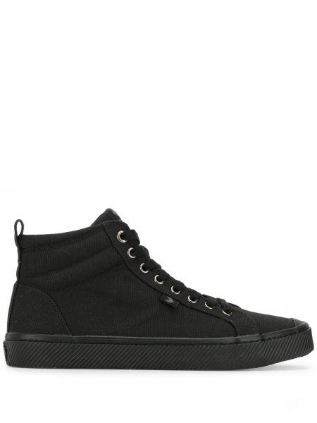 Czarny wysoki sneakersy koronkowy sznurowany Cariuma