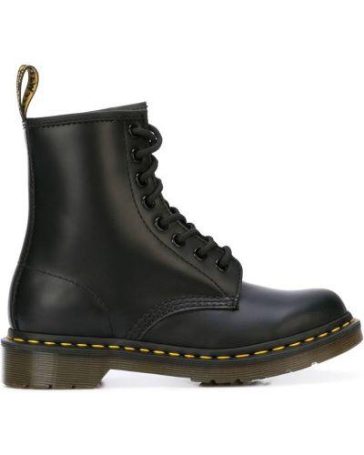 Кожаные сапоги кожаные черные Dr. Martens