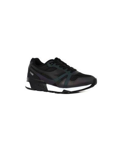 Кроссовки черные Diadora