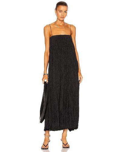 Czarna sukienka z jedwabiu Toteme