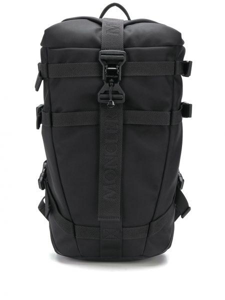 Czarny plecak skórzany klamry Moncler