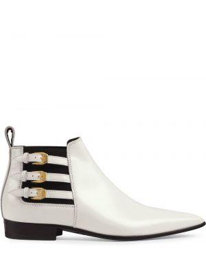 Buty z ostrym nosem złoto Gucci