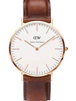 Часы с кожаным ремешком кварцевые коричневый Daniel Wellington