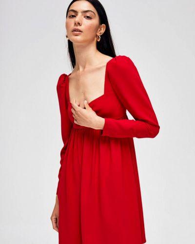 Красное прямое платье Lime