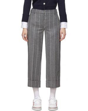 Укороченные брюки с лампасами со штрипками Thom Browne