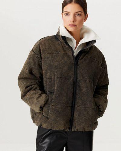 Коричневая зимняя куртка Sela