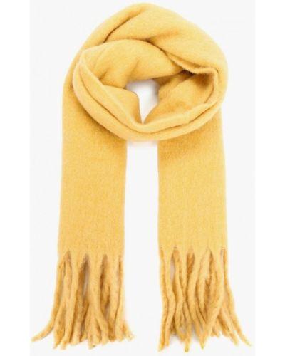 Желтый шарф Mango