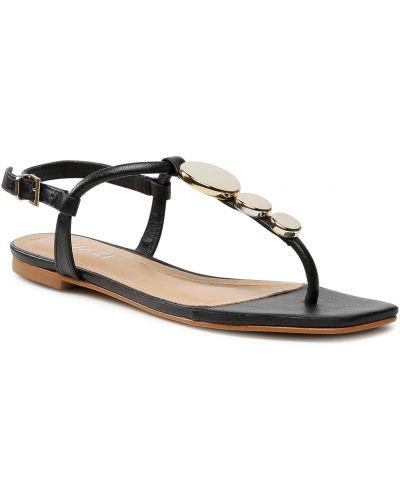 Czarne sandały Quazi