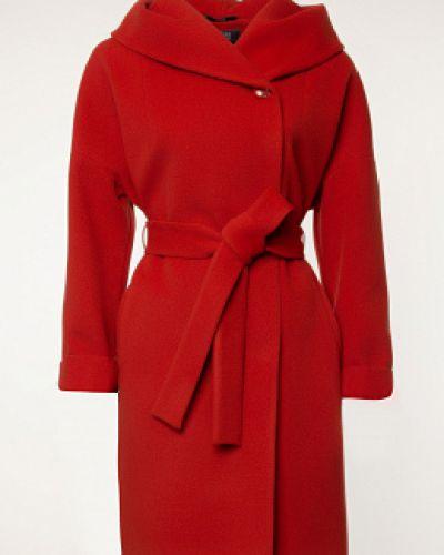 Красное драповое пальто с капюшоном каляев