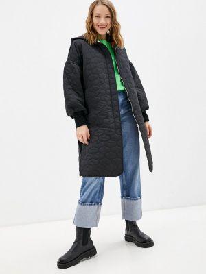 Черная утепленная куртка Lanicka