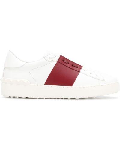 Белые кеды кожаные Valentino