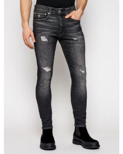 Czarne jeansy rurki Calvin Klein Jeans
