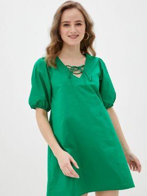 Прямое зеленое платье А-силуэта Compania Fantastica