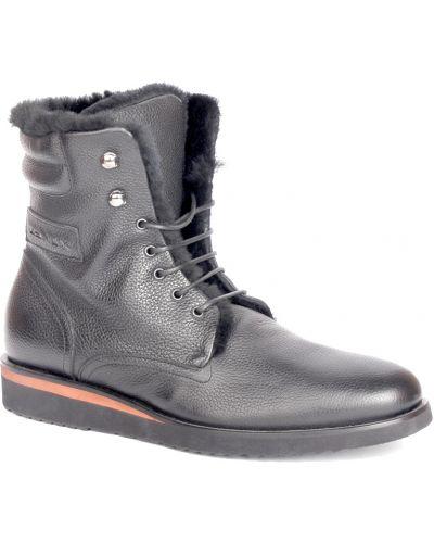 Кожаные ботинки осенние черные Zenux