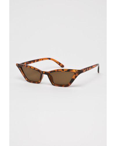 Солнцезащитные очки кошачий глаз стеклянные Answear