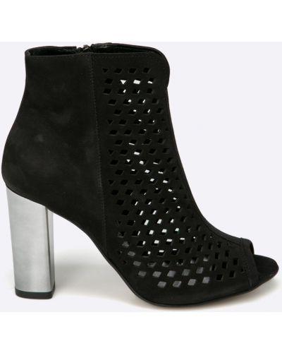 Черные сапоги Chebello
