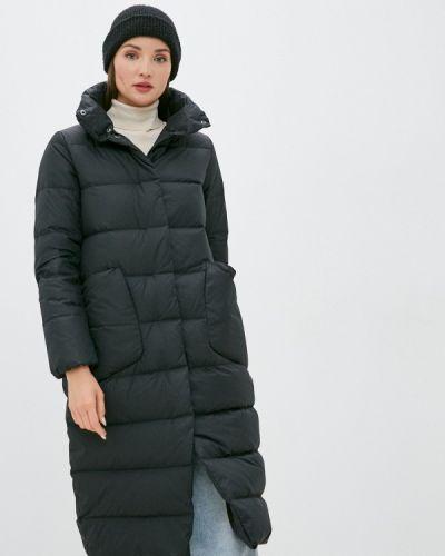 Черная куртка снежная королева