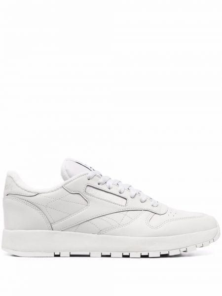 Кожаные белые кроссовки с перфорацией Maison Margiela X Reebok