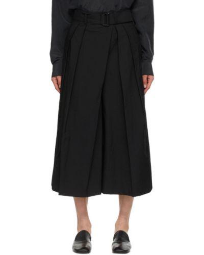 Czarne szorty z paskiem bawełniane Lemaire