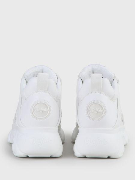 Белые кроссовки Buffalo