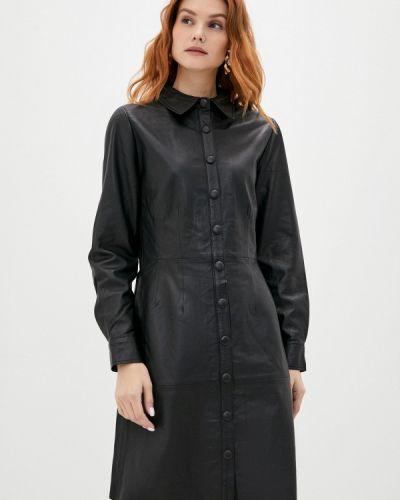 Кожаное черное платье B.young