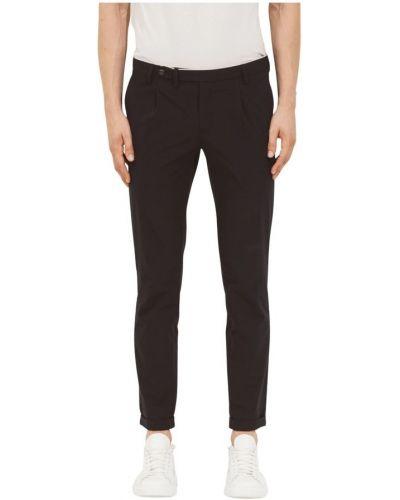 Czarne jeansy Atpco