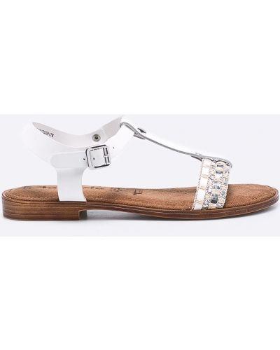 Белые сандалии текстильные Tamaris