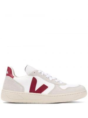 Кроссовки сетчатые - белые Veja