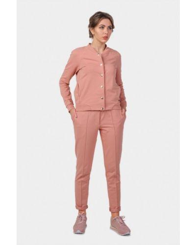 Розовый брючный костюм O&j