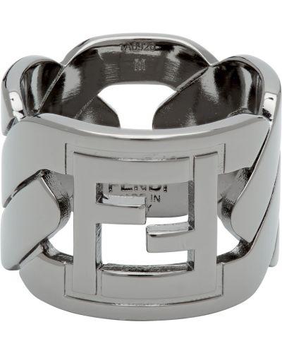 Czarny pierścionek Fendi